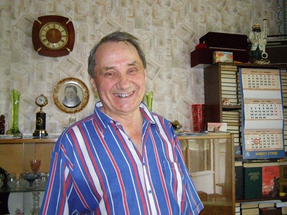 Валентин Иванович у себя дома