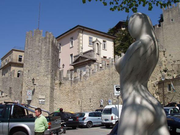 Сан-Марино 4