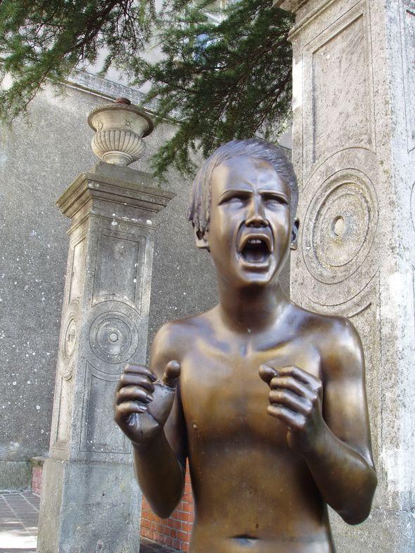Сан-Марино 5