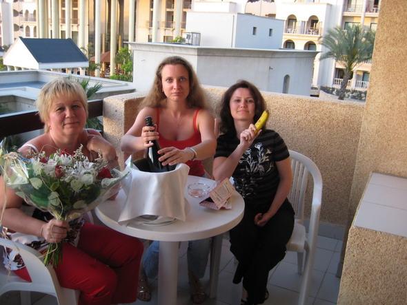 Тенерифе День рождения с шампанским