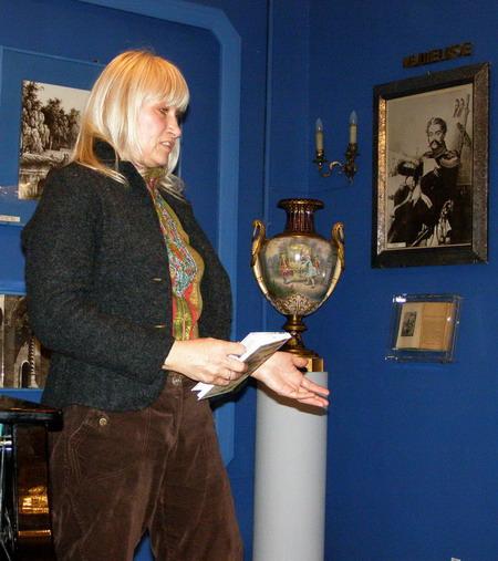 Людмила Хаирова, автор обложки