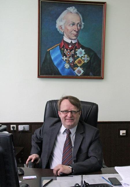 Щедров и Суворов