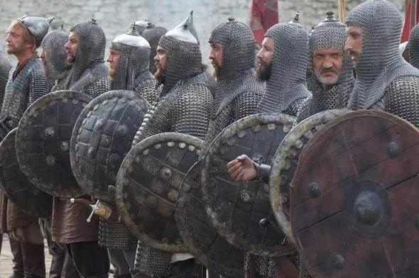 Воины в кольчугах